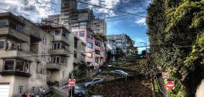 Улица Ломбард — самая кривая в мире улица