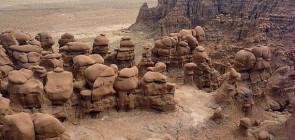 Долина гоблинов — мир камней!