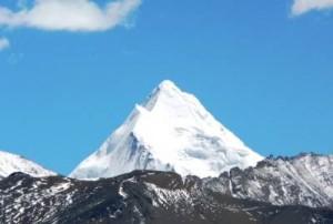 Гора Эверест - самая высокая
