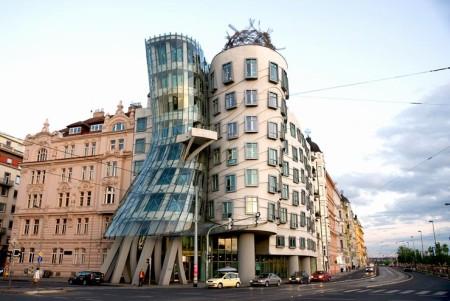 Танцующий дом - Прага, Чехия