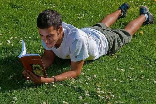 Водонепроницаемые книги выпустят в 2012 году