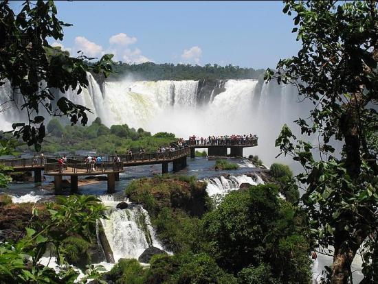 На смотровой площадке водопад Игуасу