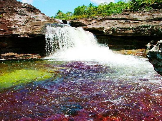 Река Каньо Кристалес