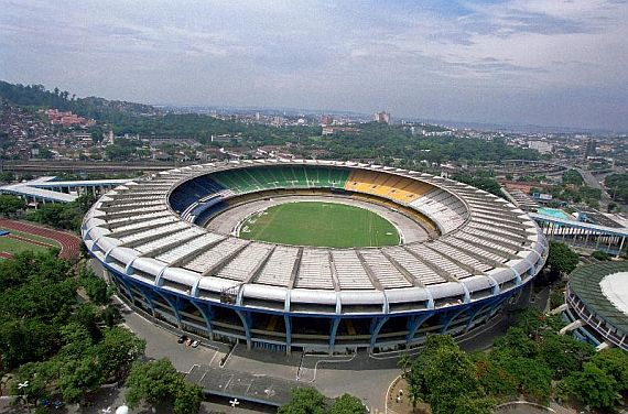 стадион маракана фото