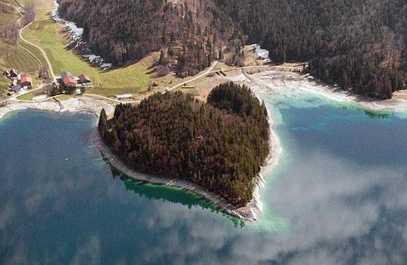 Остров Вальхен в Германии