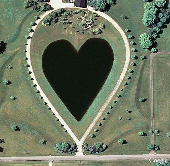 Озеро в Огайо в виде сердца, США