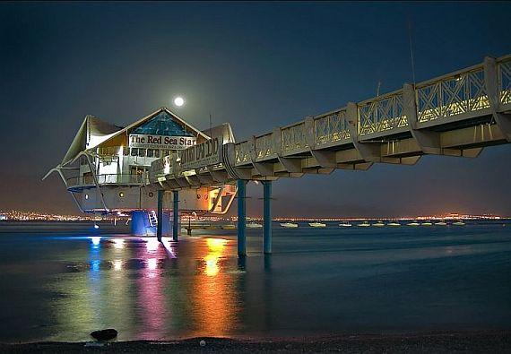 Подводный ресторан Red Sea Star