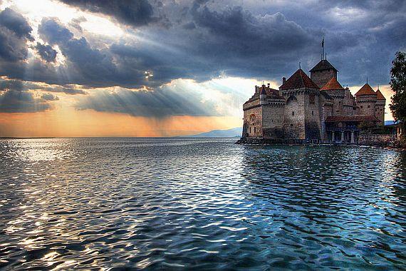 Шильонский замок в Швейцарии (фото и видео)