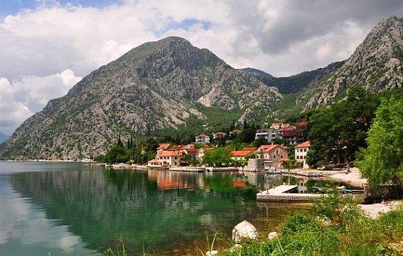 черногорская бухта