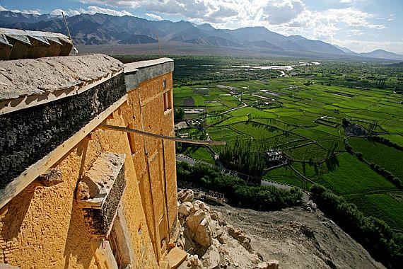 Монастырь Индии на холме