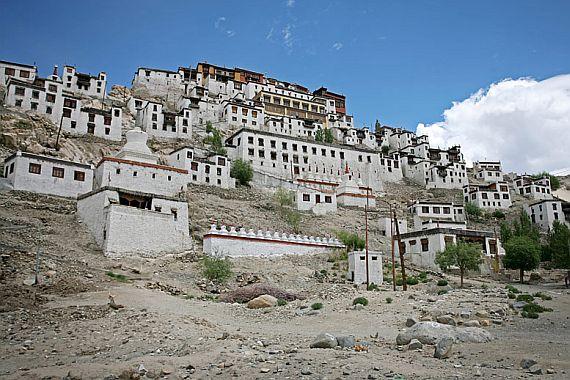 Монастырь Индии