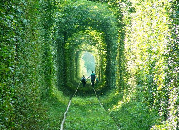 клевань украина тоннель любви