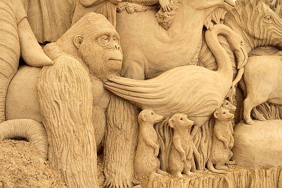 песчаные скульптуры в японии