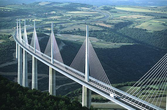 Франция мост виадук мийо фото