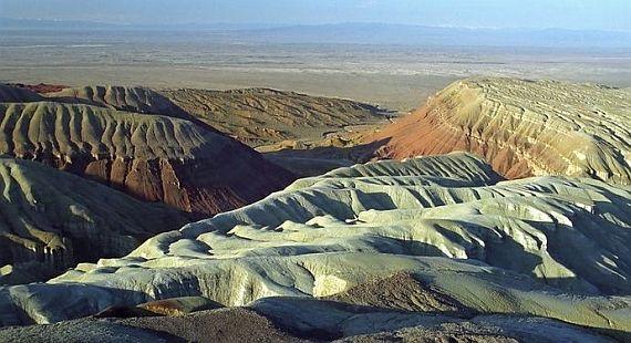 Меловые горы в Казахстане