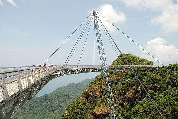 Мост в Малайзии лангкави