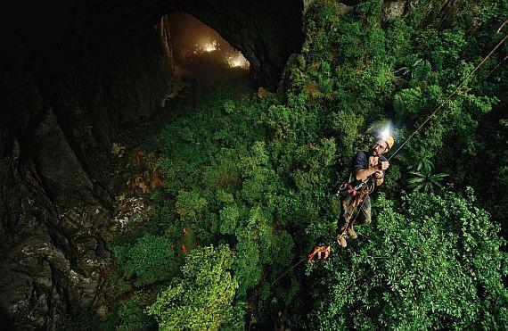 Самая большая пещера в мире сон дунг