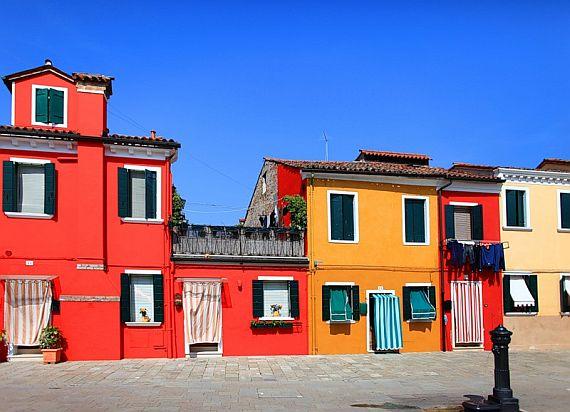 Бурано остров разноцветных домов