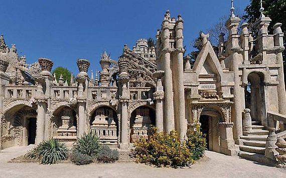 Дворец Фердинанда Шеваля, построен во франции