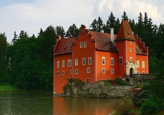 червена лгота замок