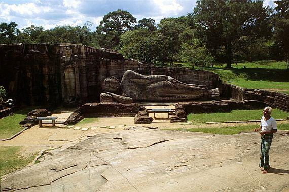 Sri Lanka Anuradhapura Buddhas