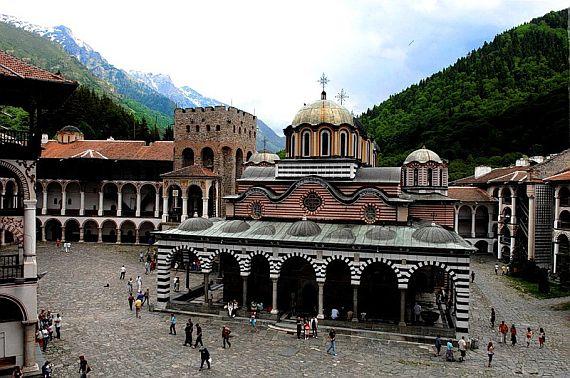 Святыня в Болгарии, рыльский монастырь