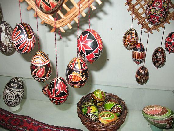 крашенные яйца в музее писанки