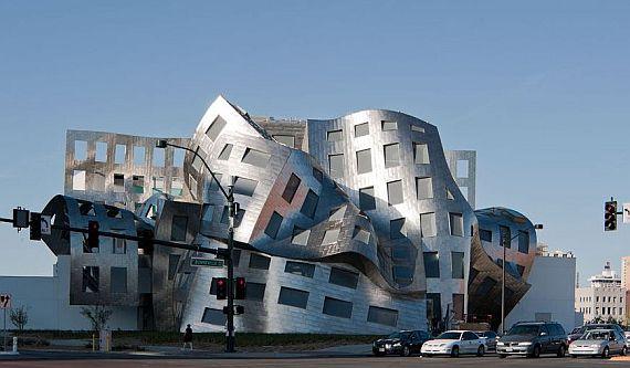 необычное здание фото