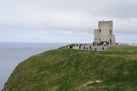 Скалы Мохер - обзорная башня