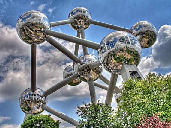 атомиум в Брюсселе фото
