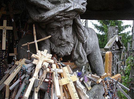 гора крестов необычное место