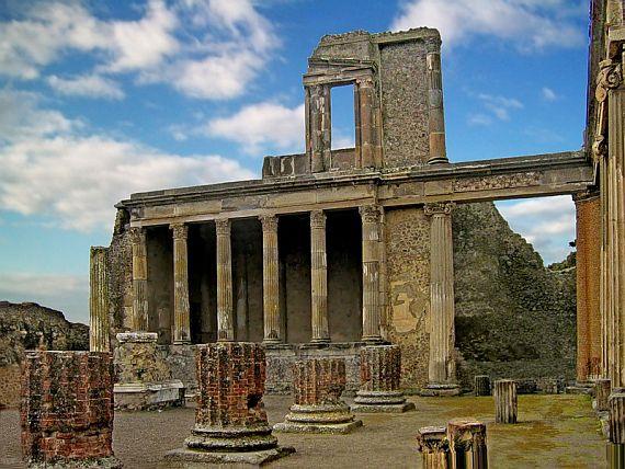 Древний город Помпей