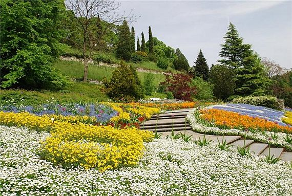 Майнау, остров цветов в Германии