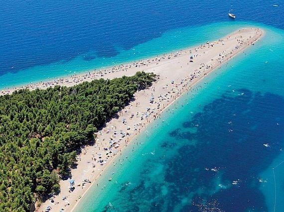 Золотой рог пляж в Хорватии