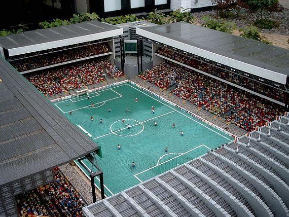 леголенд. Стадион