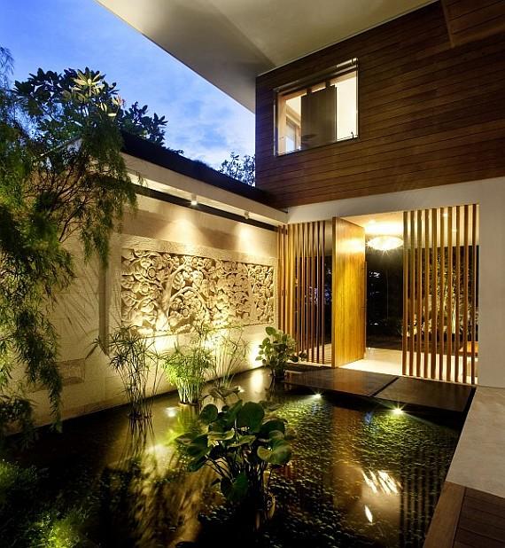 пруд дома в Сингапуре