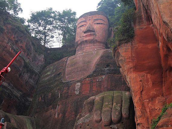 майтрейи Будда в Китае