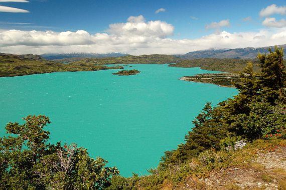 Открылся прекрасный отель на острове в Чили