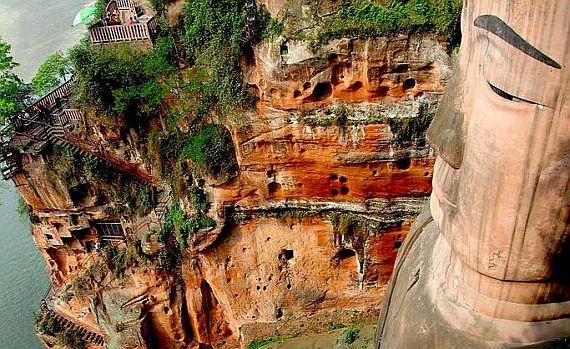 самый большой Будда в мире
