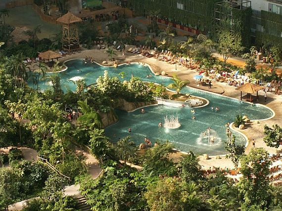 Аквапарк Tropical Islands Resort