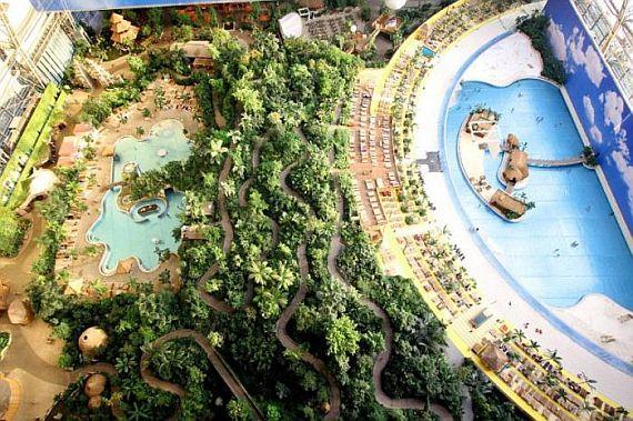 курорт Tropical Islands Resort