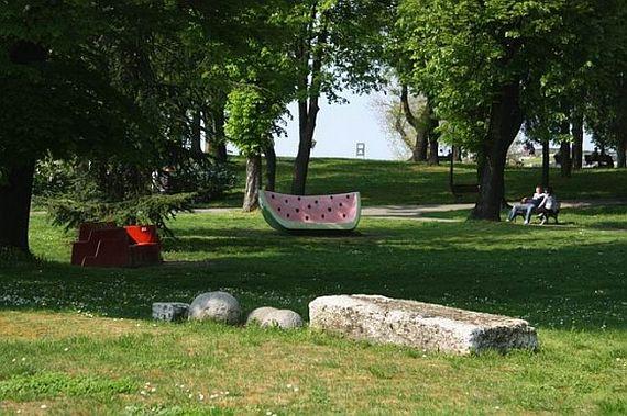 Калемегдан, арбуз в парке