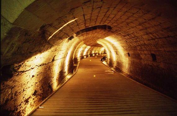 Израиль город Акко - тоннель