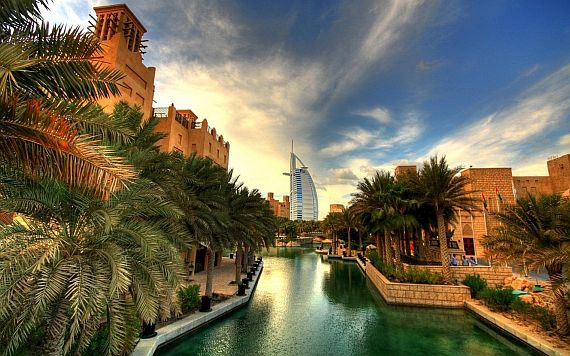 Дубай - крупнейший город ОАЭ
