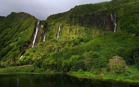 Водопады на Азорских островах