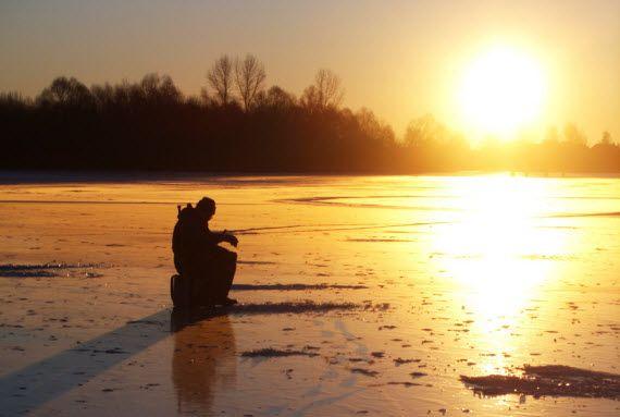 Отдых зимой. Зимняя рыбалка