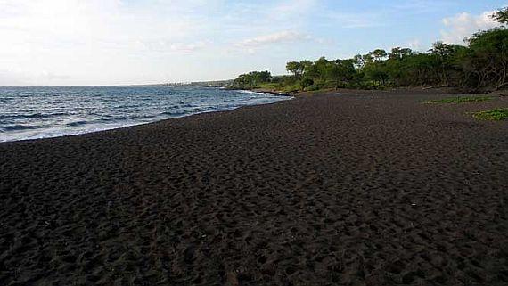 Пляж Онеули Бич