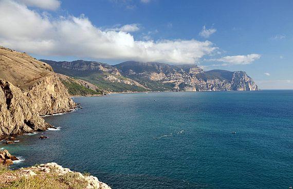 Море. Мыс Айя
