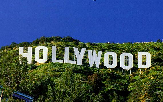 Вывеска Голливуд в США