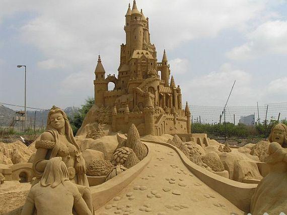 Анталия, конкурс песчаных скульптур